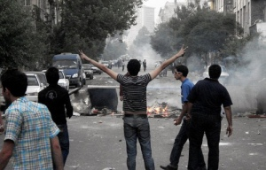 Iran protesters 6-22-09 from AlanofTulsa flickr